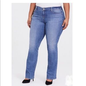 Boot cut Slim Jeans